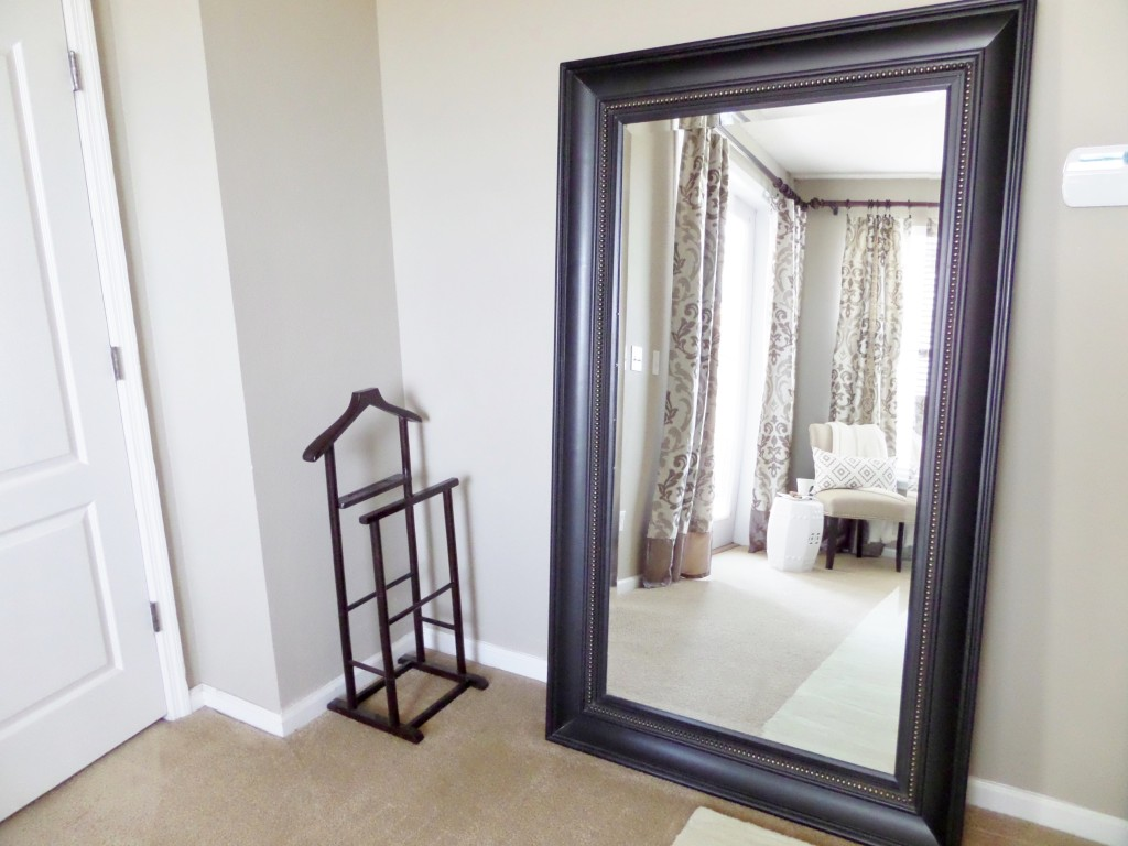 Decorating with mirrors be my guest with denise for Leaning wall mirror