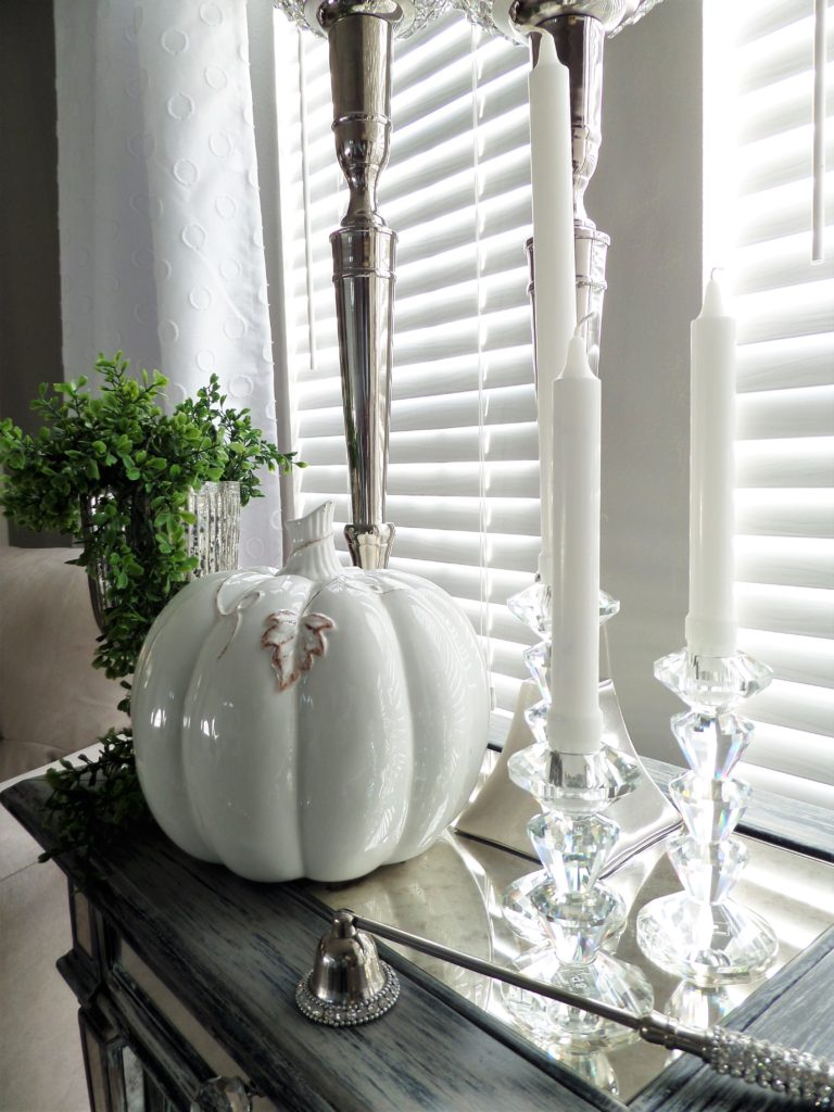 Fall Home Decor 4 Ways To Style Fall Vignettes Be My