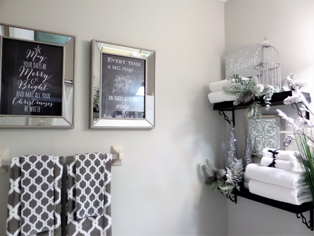 Mirrored Picture Frames with Christmas Quotes