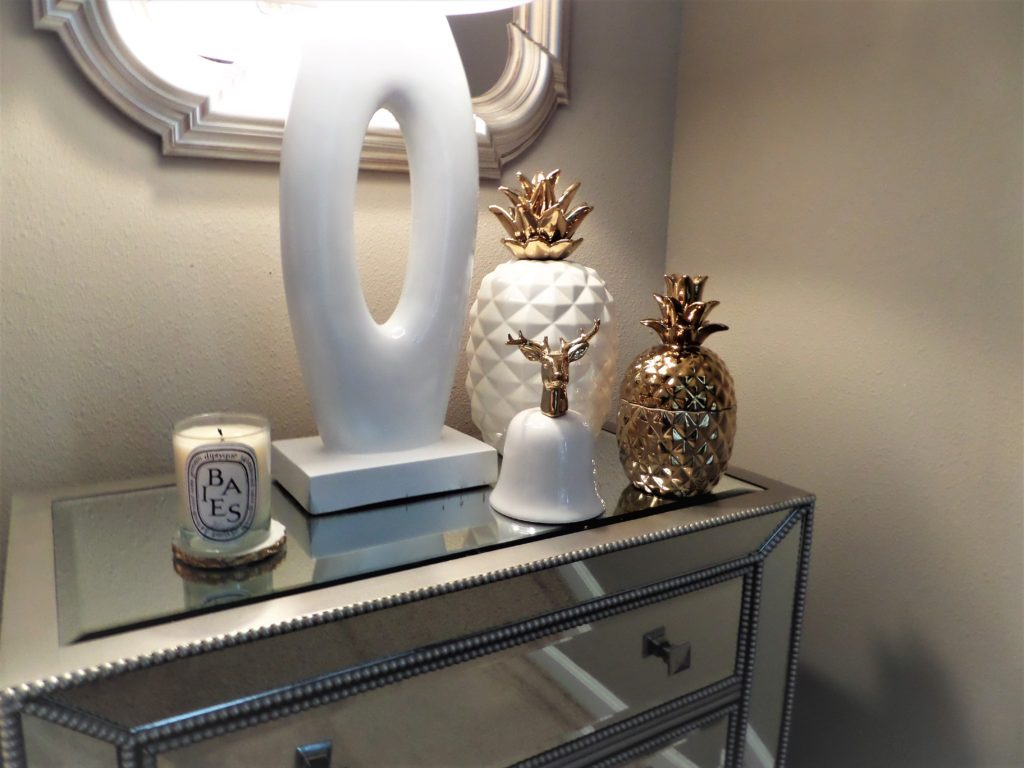 Pineapple Accent Decor