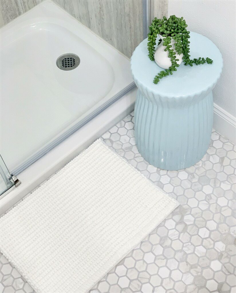 "Better Homes & Gardens Memory Foam Noodle Bath Mat, Artic White, 17"" x 23.5"""
